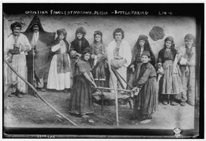 XIX. Yüzyıl Hakkâri – Urmiye sınır bölgesinde bir Nastûri Ailesi