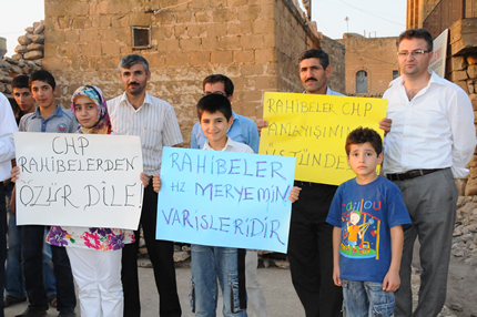 Dini Siyasete En çok Alet Eden Parti, CHP'ye bir tepkide Süryanilerden