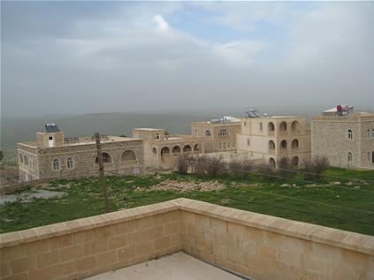 Enhel'de Süryaniler Tarafından Yapılan Taş Evler